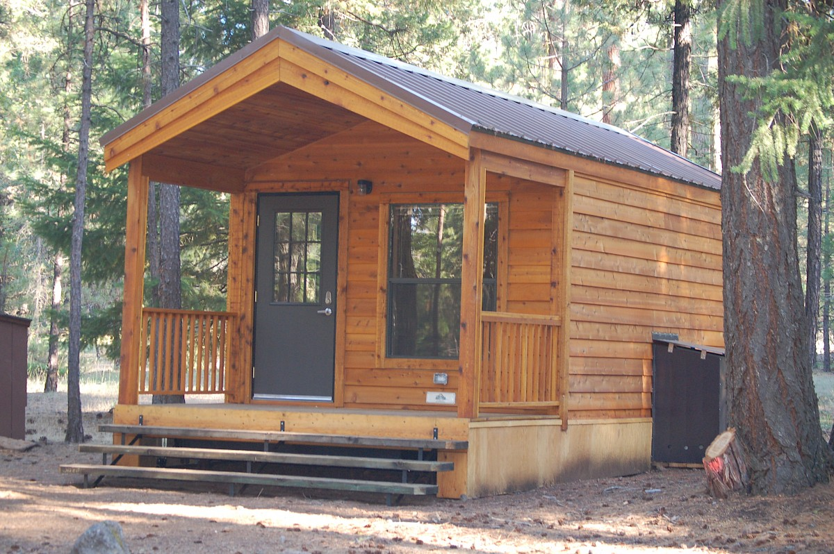 Mcarthur burney falls state park recreation resource for Falls lake cabin rentals